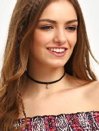 Black Diamond Pendant Velvet Choker