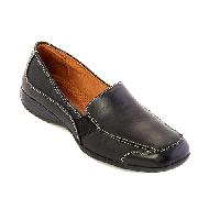 Naturalizer Camelia Loafer 6 M, Black