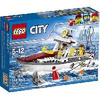 LEGO(R) City Fishing Boat