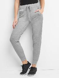 Gap Soft Brushed Tech Jersey Joggers - Light heather grey