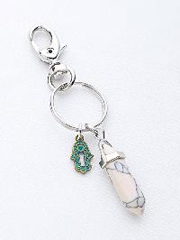 Stone And Palm Shaped Keychain