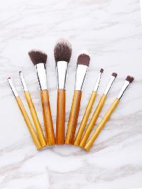 Contrast Bristle Makeup Brush Set