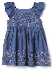 Gap Eyelet Chambray Flutter Dress - Medium wash