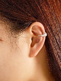 Rhinestone Delicate Ear Cuff 1pc