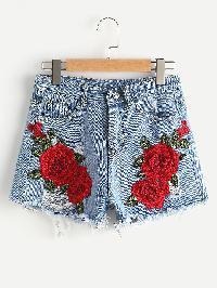 Appliques Ripped Frayed Hem Denim Shorts