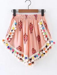 Elastic Waist Fringe Pom Pom Trim Shorts