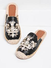 Faux Pearl Decorated Cap Toe PU Flats